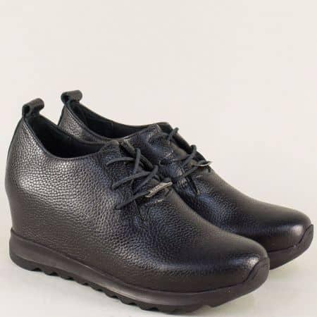 Кожени дамски обувки на скрита платформа в черен цвят 97100ch
