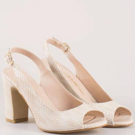 Актуални дамски сандали на стабилен висок ток в бежов цвят със змийски принт 985zbj