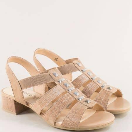 Бежови дамски сандали с ластик на нисък ток- Caprice 9928204bj