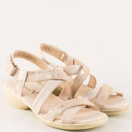 Кожени дамски сандали в бежово и злато- CAPRICE 9928707bjzl