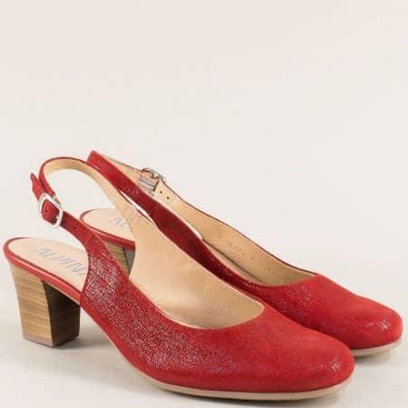Червени дамски обувки с отворена пета на среден ток 9k25chv