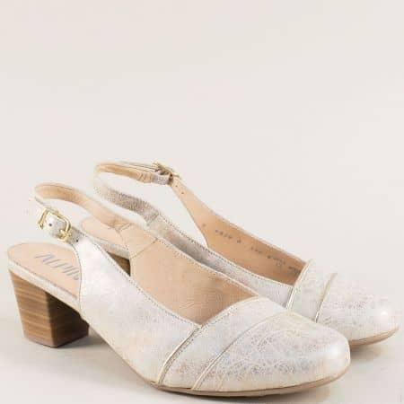 Златни дамски обувки с отворена пета на среден ток 9k29zl