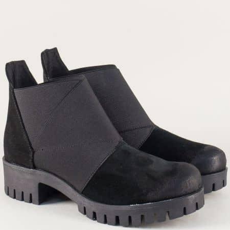 Велурени дамски боти на български производител в черен цвят a2debravch