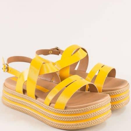 Жълти дамски сандали на платформа- AZALEIA a409533j