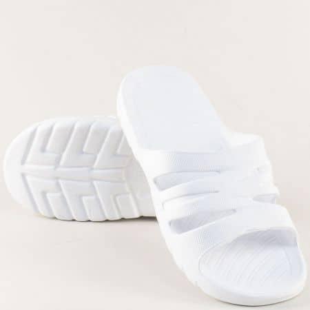 Бели дамски джапанки на равно ходило a499-40b