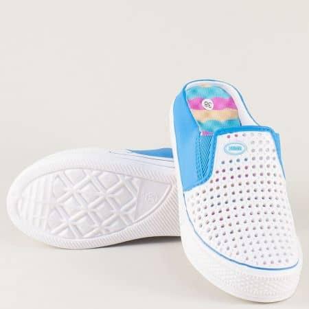 Дамски чехли с перфорация в бял и син цвят на платформа a785bs