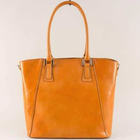 Кафява дамска чанта с твърда структура от естествена кожа a82k