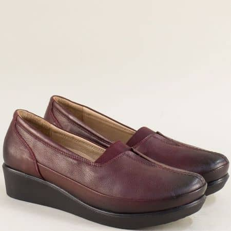 Кожени дамски обувки в цвят бордо на клин ходило  b012bd1