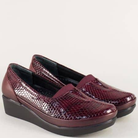 Дамски обувки от естествен кроко лак и кожа в бордо  b012krbd