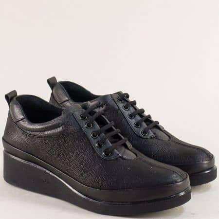 Дамски обувки с връзки на платформа в черен цвят b019sch