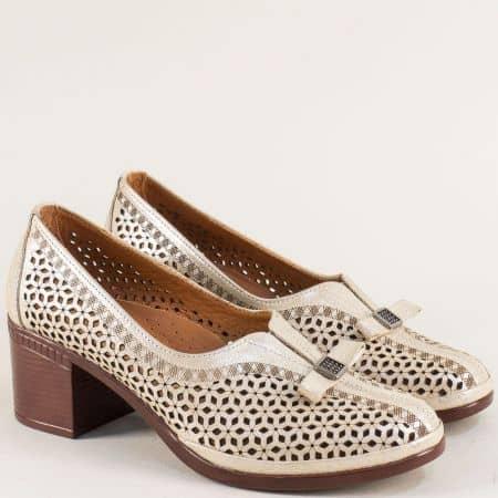 Златисти дамски обувки от естествена кожа и сатен b06szl