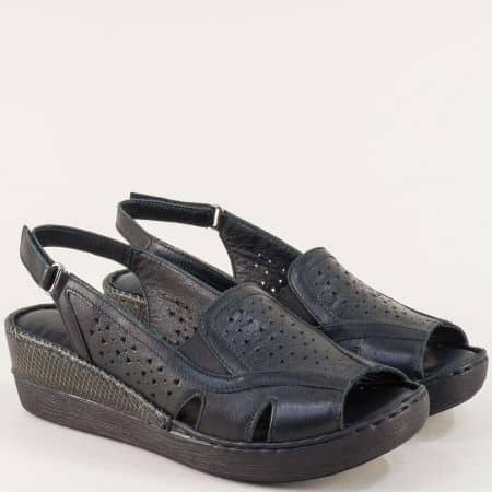 Черни дамски сандали от естествена кожа с перфорация  b102ch