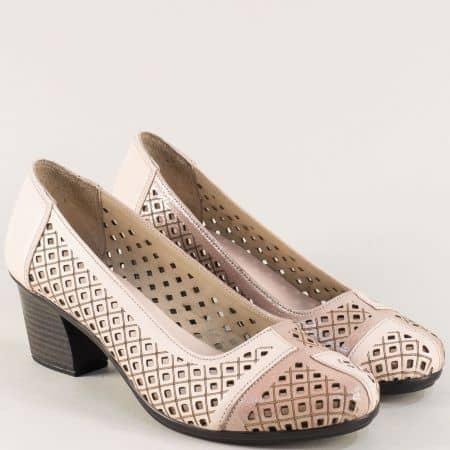 Розови дамски обувки с кожена стелка и перфорация b216rz