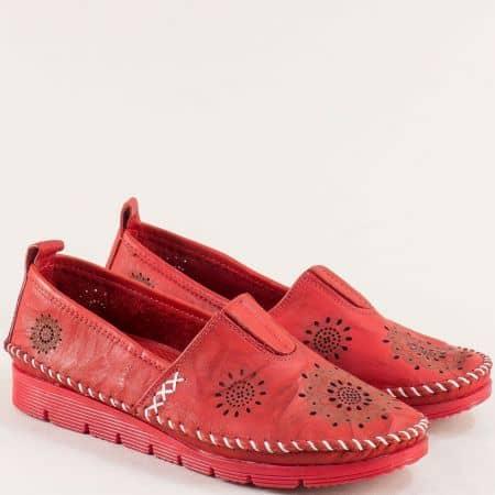 Кожени дамски обувки в червен цвят с перфорация  b265chv