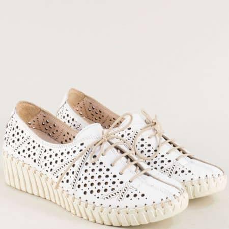 Бели дамски обувки на платформа с кожена стелка b316b