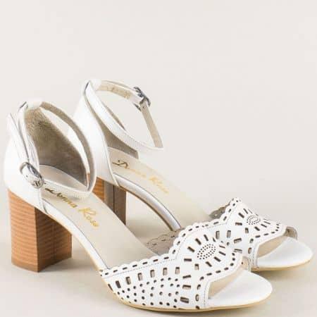Бели дамски сандали със затворена пета и висок ток b34b