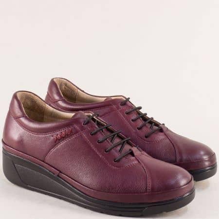 Ежедневни дамски обувки в бордо от естествена кожа на клин ходило b3500bd