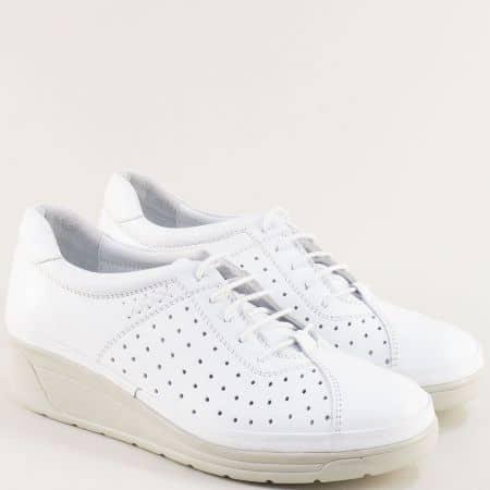 Бели дамски обувки на платформа от естествена кожа на дупки b3500db