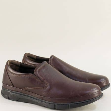 Кожени мъжки обувки в тъмно кафяво с два ластика b516kk