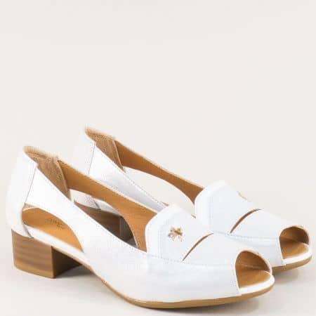 Бели дамски обувки с отворени пръсти и прорези от естествена кожа и сатен b61sb