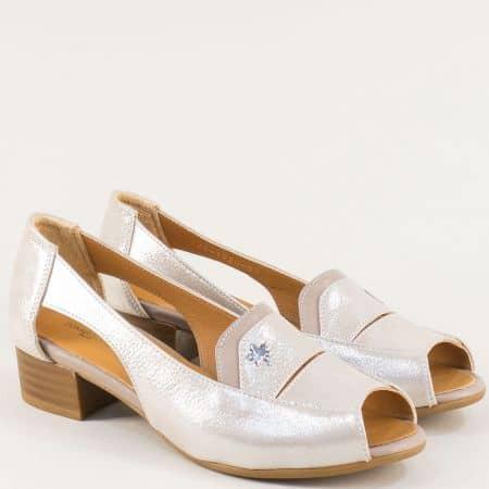 Бежови дамски обувки с отворени пръсти на среден ток b61sbj