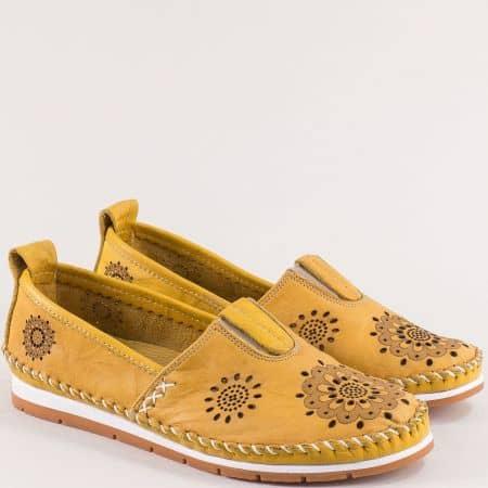 Жълти дамски обувки от естествена кожа с перфорация b65j