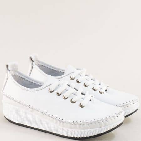 Бели дамски обувки от естествена кожа на платформа b861b
