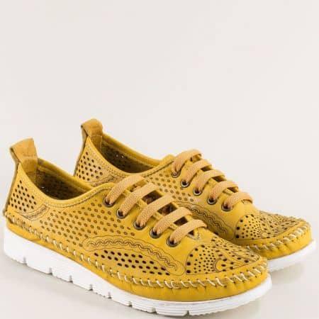 Дамски анатомични обувки от естествена кожа в жълт цвят bo260j