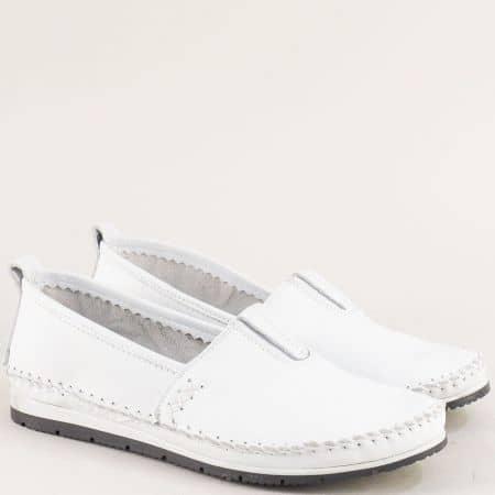 Бели дамски обувки на равно ходило с кожена стелка bo55b