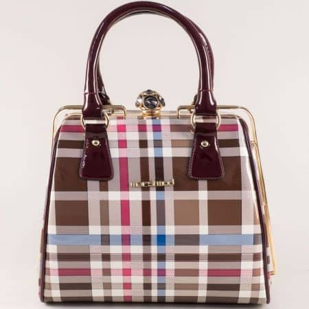 Дамска чанта в бордо, бяло, бежово, синьо, розово и кафяво ch052bdkare