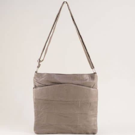 Кожена дамска чанта с три прегради в сив цвят ch081118sv