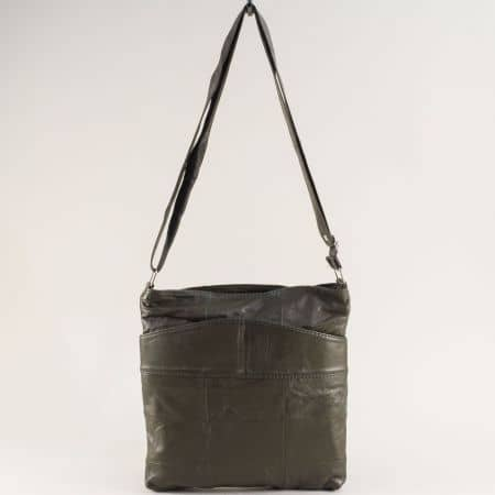 Кожена дамска чанта с три прегради в зелен цвят ch081118zz