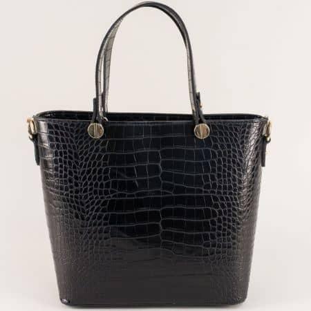 Черна дамска чанта с три прегради и кроко принт ch2104ch