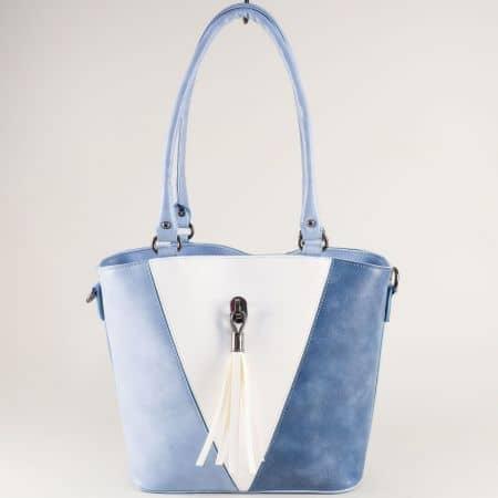 Дамска чанта с твърда структура в бяло и синьо ch2605bs