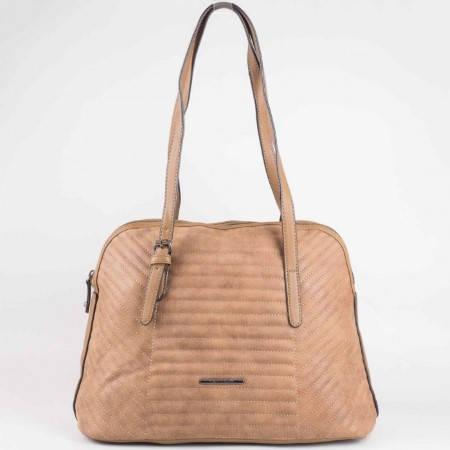 Дамска ежедневна чанта на френския производител David Jones в светло кафяв цвят ch3919-1k