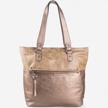 Дамска ежедневна чанта на известния френски производител David Jones в златен цвят ch3977-5zl