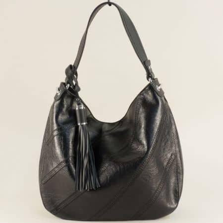 Дамска чанта с пискюл, тип торба в черен цвят ch466ch