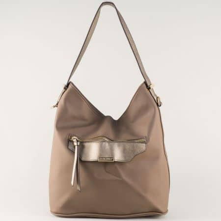 Кафява дамска чанта- David Jones с удобна преграда и преден джоб ch5290-2k