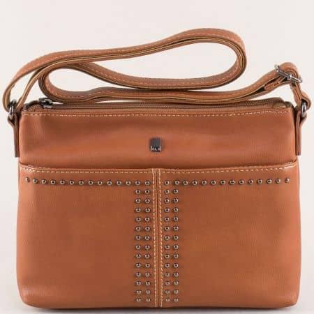 Кафява дамска чанта с дълга дръжка и капси- DAVID JONES ch5850-1kk