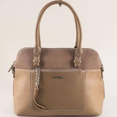 Бежова дамска чанта с два външни джоба- DAVID JONES ch6109-3k