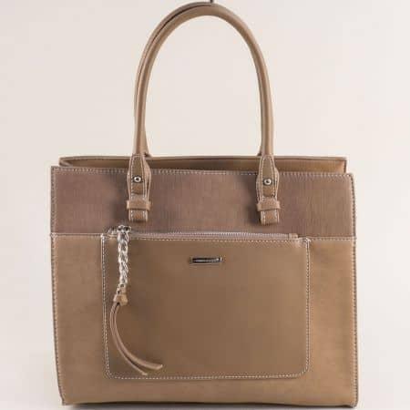 Бежова дамска чанта с твърда структура- DAVID JONES ch6109-4k