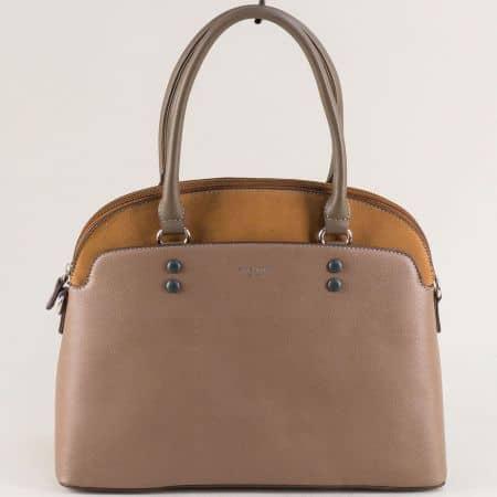 Кафява дамска чанта с твърда структура- DAVID JONES ch6127-1k
