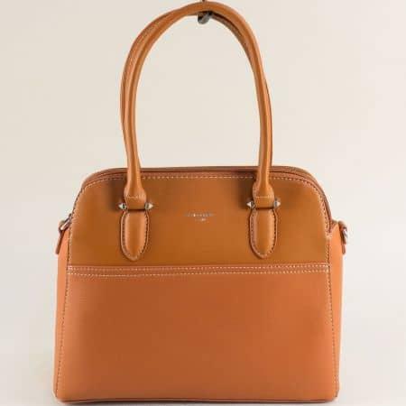 Дамска чанта с три прегради в кафяво- DAVID JONES ch6221-3k
