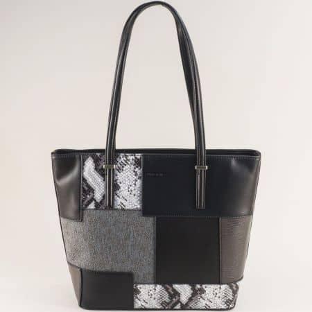 Черна дамска чанта със змиски принт- DAVID JONES ch6279-2ch