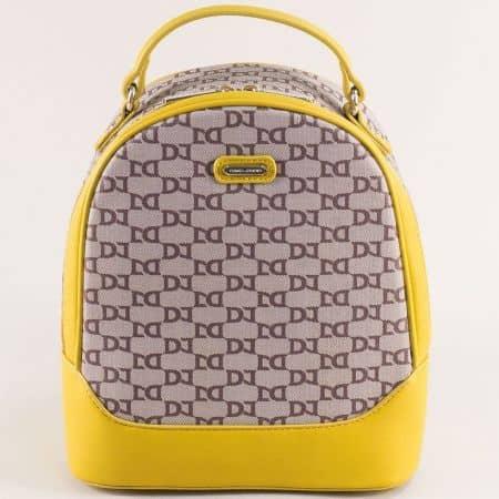 Жълта дамска раница със стилен принт- DAVID JONES ch6289-2j