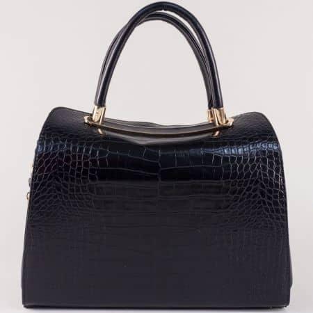 Черна дамска чанта с кроко принт и удобни дръжки ch678ch