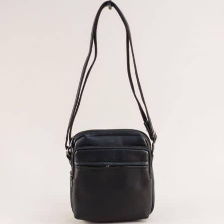 Черна мъжка чанта с практично разпределение ch694403cch