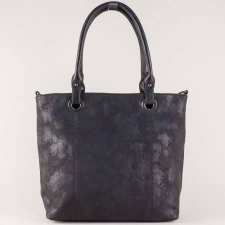 Стилна дамска чанта с едно отделение и комфортни къси и дълга дръжка в черно ch8596ch