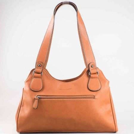 Дамска стилна чанта на френския производител David Jones в кафяв цвят cm2744k
