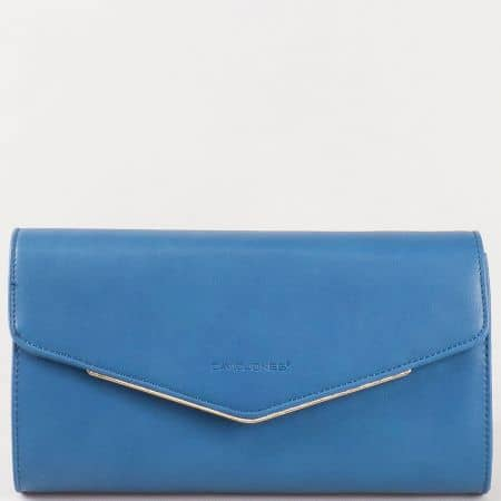 Дамска елегантна чанта, тип клъч, с атрактивна визия на френската марка David Jones в синьо cm3094s